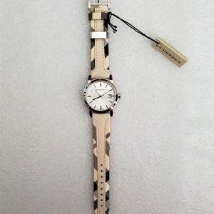 Burberry Accessories - New Burberry Bu9132 Haymarket Check Women's Watch